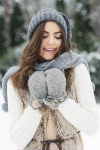 Kışa hazır mısınız güzel kız görseli